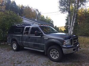 2006 Ford F-250 XLT 4x4 with 8' Arctic HD plow Peterborough Peterborough Area image 5