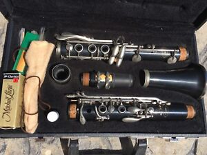 Leblanc VITO Clarinet Model 7213 with case, extra cork grease,