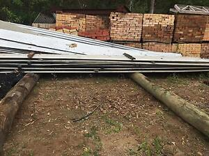 9 meter roof iron sheets Cashmere Pine Rivers Area Preview