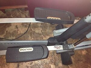 ProForm electric elliptical trainer  Kawartha Lakes Peterborough Area image 4