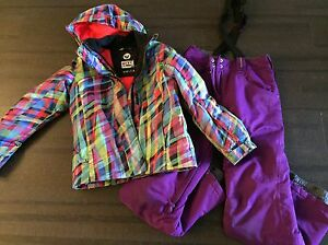Firefly/Roxy girls gear and snowboard
