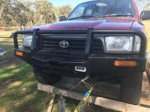 Arb Toyota ifs Hilux 4runner surf winch bullbar Badgerys Creek Liverpool Area Preview