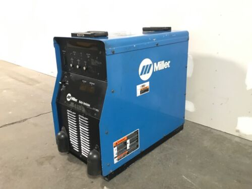 Miller Auto Invision Pulsed MIG Welder With Two 115V Outlets 230/460V—SHIPS FREE