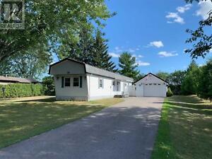 38 GLENWAY DR Kawartha Lakes, Ontario