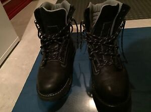 Wind River Men's Winter Boots size 10