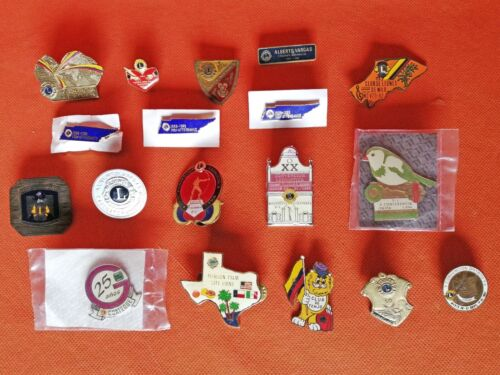 VINTAGE ROTARY CLUB - CLUB DE LEONES COLOMBIA USA CONVENTIONS TACK PINS LOT