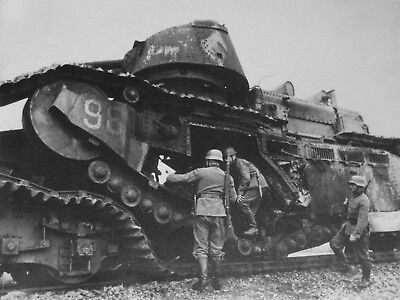 WWII photo German soldiers visiting the French tank Char 2C 1c