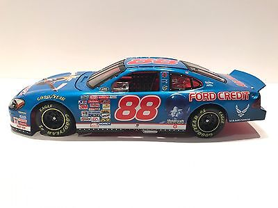 Dale Jarrett  88 Ford Taurus Action Nascar 2000 Air Force  Ford Credit Bank
