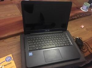 LAPTOP for sale Belmont North Lake Macquarie Area Preview