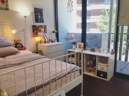 Bedroom Furniture in Great Condition