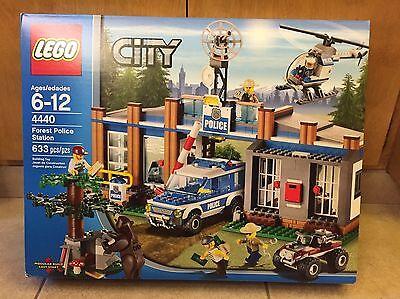 Lego Lego City New Sealed Set Forest Police Station 4440