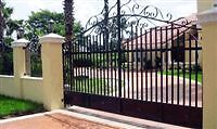 Quality fencing and ironwork