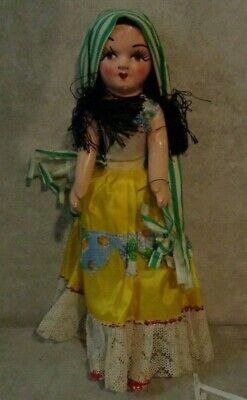 ANTIQUE 13' HISPANIC WOMAN DOLL HAND PAINTED *****