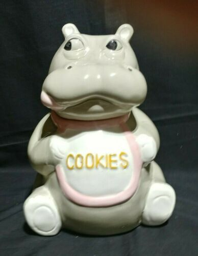"1985 VINTAGE US POTTERY HIPPO WEARING ""COOKIE"" BIB COOKIE JAR - RARE"