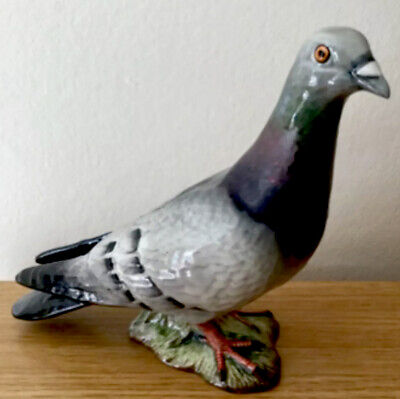 Superb Beswick Pigeon Model Number 1383 Two Stripes On Wing's