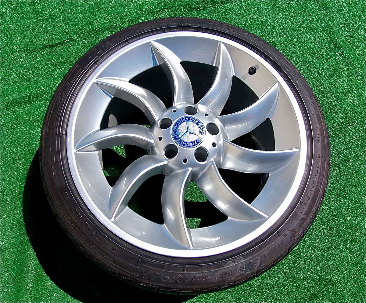Set of Four RARE Genuine AMG Mercedes Benz McLaren SLR Wheels Michelin Tires