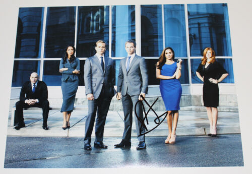 PATRICK J. ADAMS SIGNED AUTHENTIC SUITS 'MIKE' 11x14 PHOTO w/COA PROOF TV ACTOR