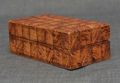 Vintage Pokerware Stamp Box - 99 x 55 x  36mm