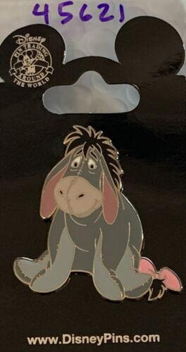 WDW Walt Disney 2006 Smiling & Sitting EEYORE Winnie the Pooh PIN Card PP #45621