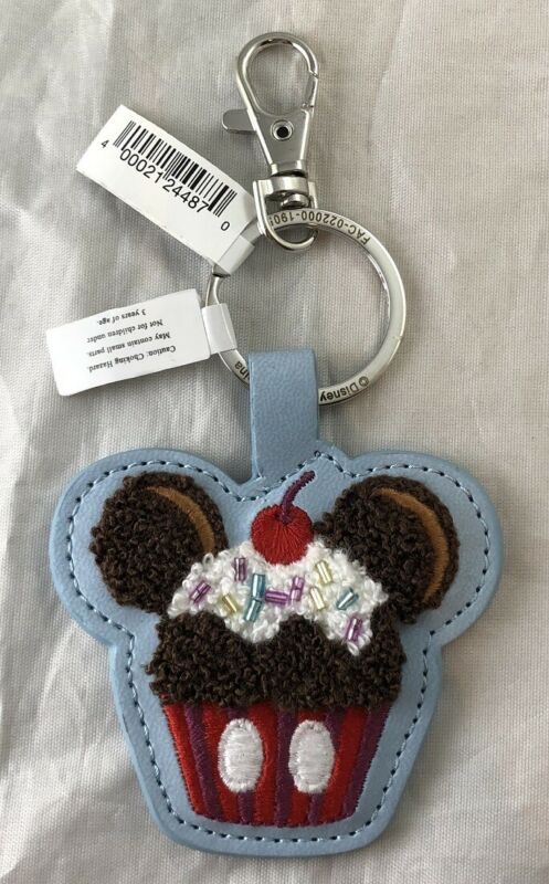 Disney Parks Mickey Mouse Cupcake Sweet Treat Felt Vinyl Keychain - NEW