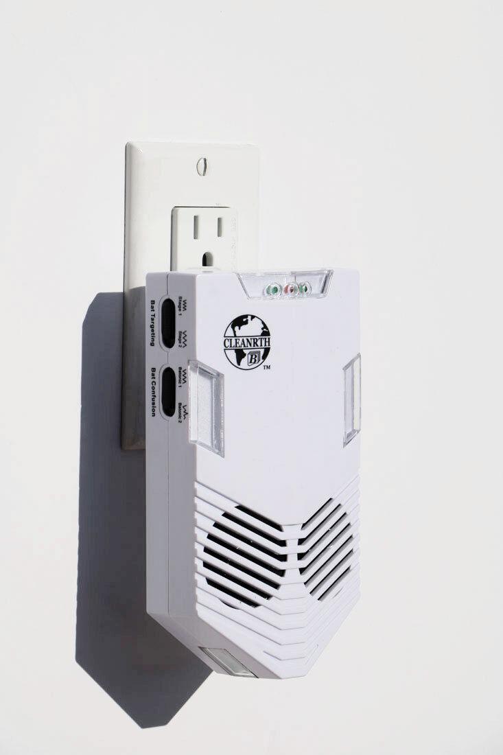 Outdoor Solar Ultrasonic Power Pest Animal Repeller Repellen