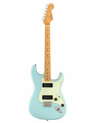 Fender Noventa Stratocaster MN Dpb Daphne Azul Guitarra Eléctrica P90 Pastilla
