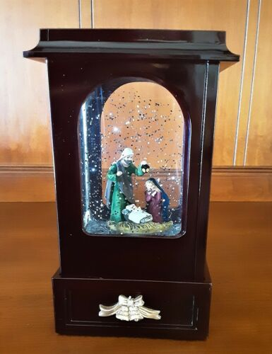 Christmas Nativity Water Globe Lighted Scene Swirling Snow Vintage Cabinet