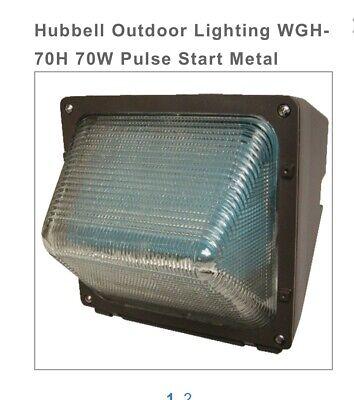 HUBBELL LIGHTING - OUTDOOR WGH-70H Wallpack Compact Refractor 70w Black W/Lp (Refractor Wallpack)