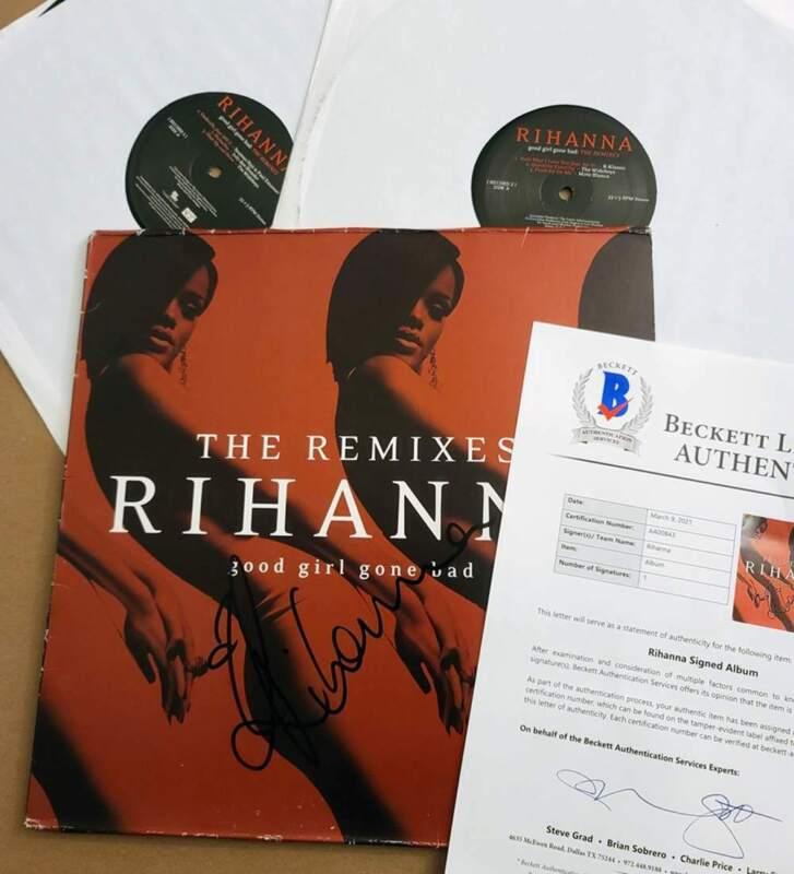 RIHANNA * SIGNED VINYL LP * GOOD GIRL GONE BAD (THE REMIXES) * BECKETT COA BAS
