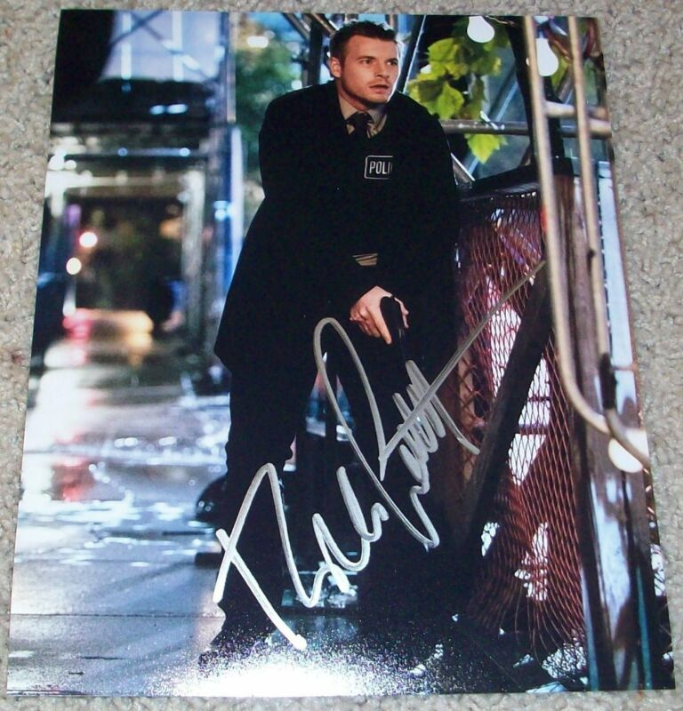 RICK COSNETT SIGNED AUTOGRAPH THE FLASH 8x10 PHOTO A w/PROOF EDDIE THAWNE