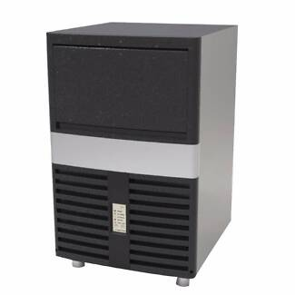 Commercial Modular Ice Makers 60KG Ice Underbench Ice Maker ICM-6