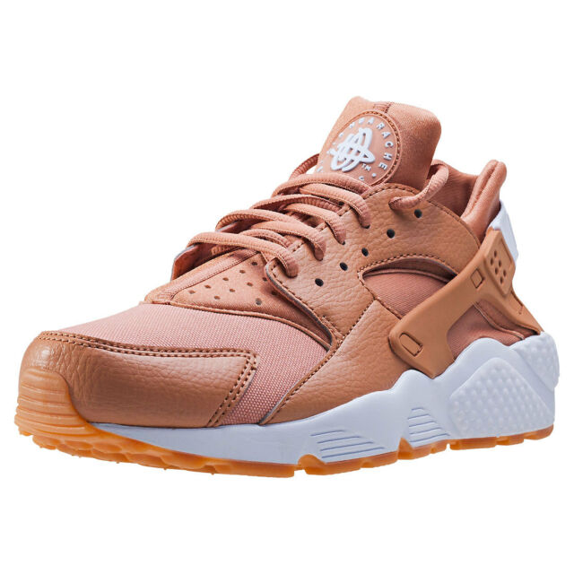 nike air huarache tan