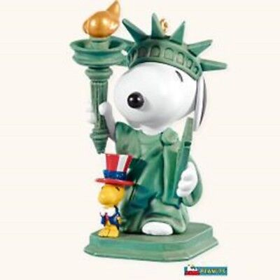 2008 Hallmark Ornament ~ Spotlight On Snoopy #11 Series ~ Patriotic Pals ~ -