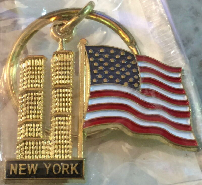 9/11 Gold KEYCHAIN World Trade Center's Twin Towers with USA Flag & NEW YORK 911