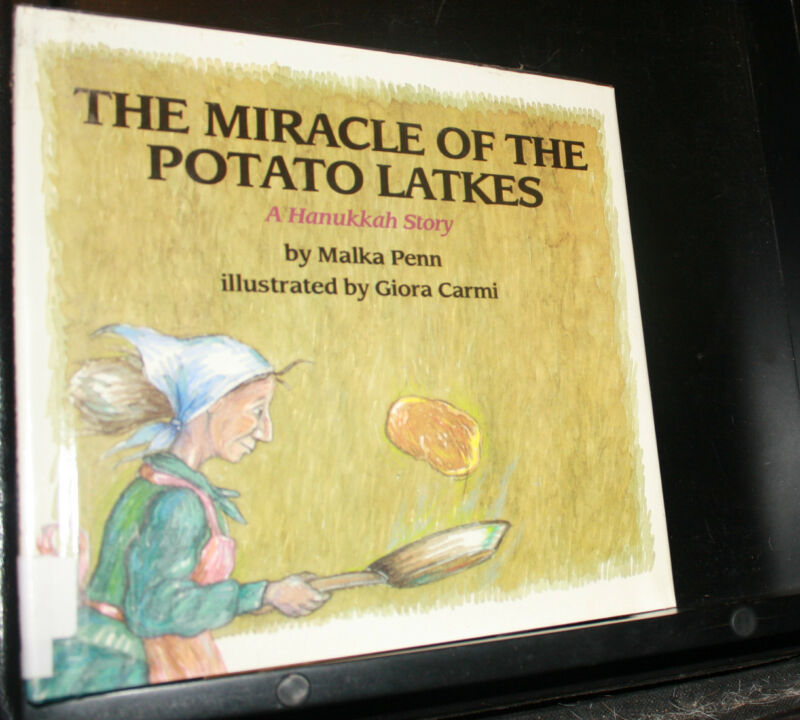 The Miracle of the Potato Latkes : A Hannukah Story by Malka Penn, Hardcover DJ