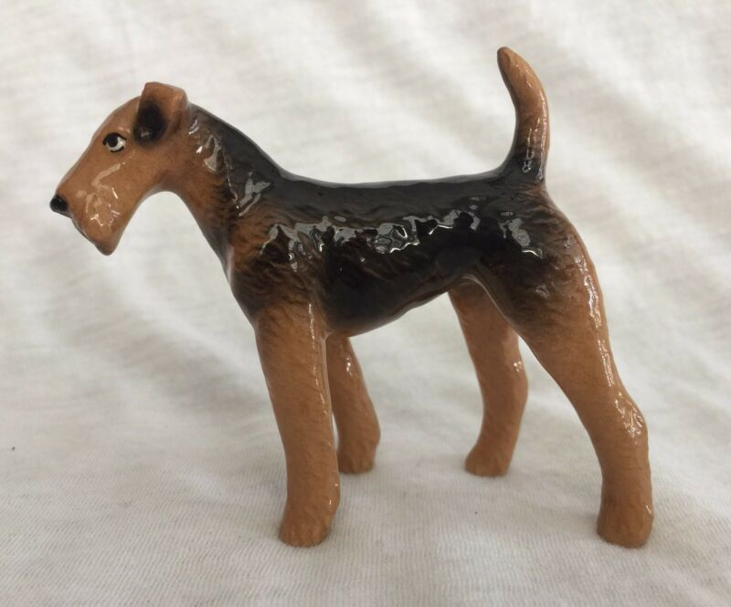 Hagen Renaker Pottery Airedale Dog