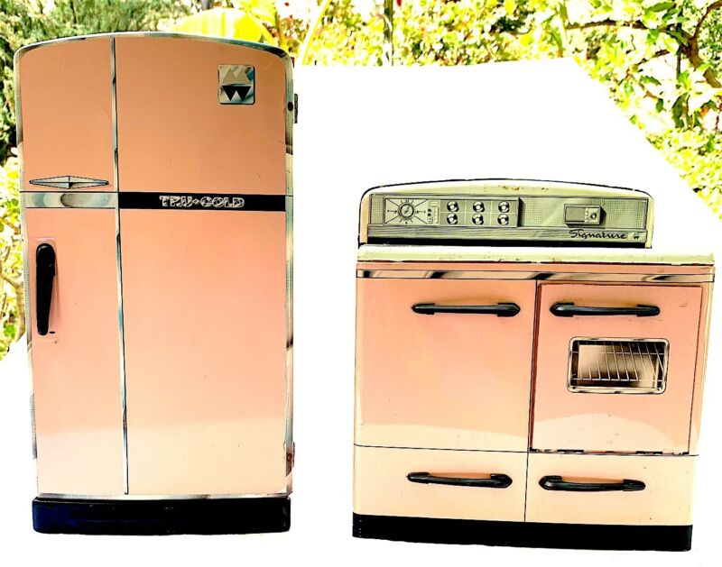 Mid Century Vintage Pink Stove & Refrigerator Play Set 1950s
