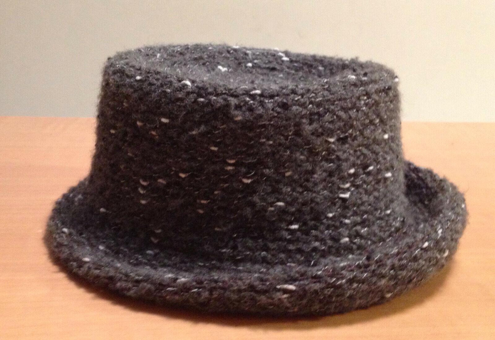Chapeau gris bitume moucheté - taille 57 - neuf