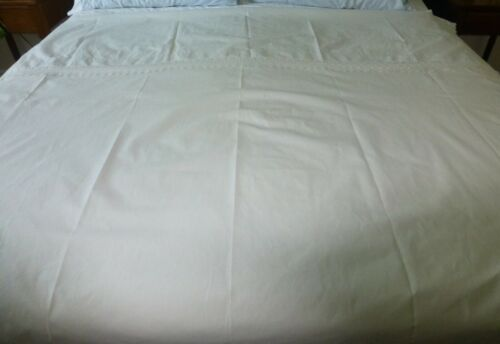 """ANTIQUE WHITE LINEN BED COVER with 3"""" LACE TOP BORDER 86 x103"""