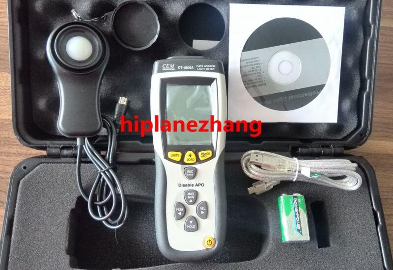 Handheld Illuminometer Light Lux Meter Range 400,000Lux Data Log 99 USB DT-8809A