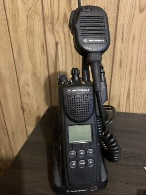 Motorola Xts 3000 Radiobattery Charger And Mic Included