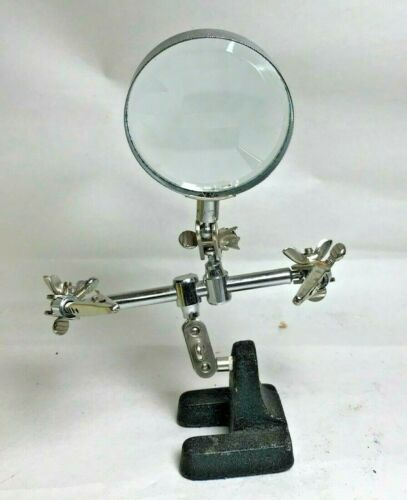 Vintage Helping Hands With Magnifier (A058)
