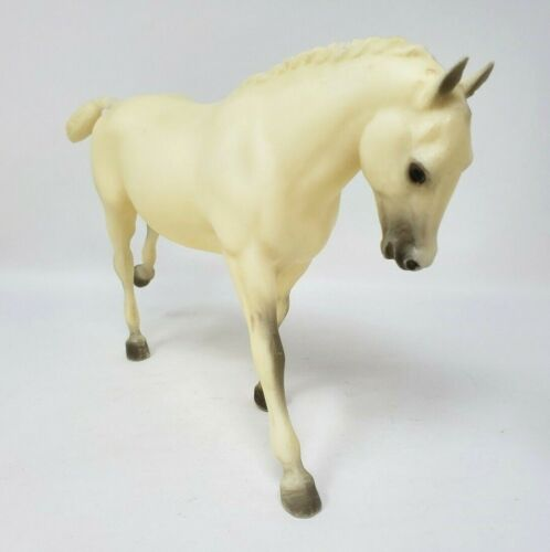 Breyer Model Traditional Horse Cantering Welsh Pony Sonnet #744 Loose EUC
