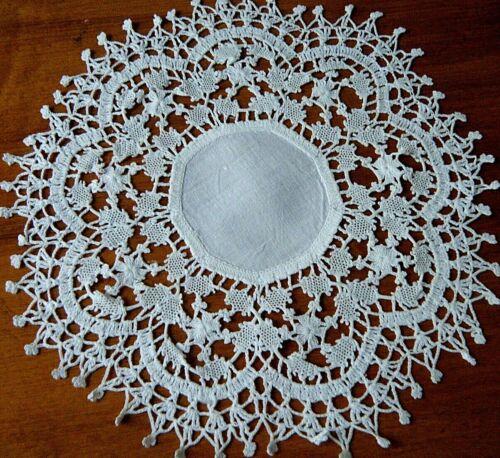Antique doily combo work crochet lace &bobbin lace turtle design put h together