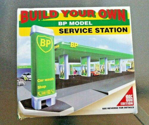 BP BUILD YOUR OWN SERVICE STATION AND CAR WASH MODEL KIT.