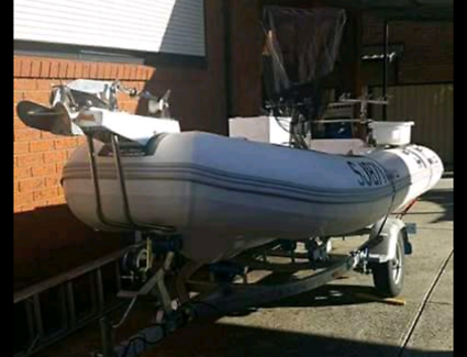 Rigid hull 3.9m