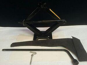 2000 ford focus spare tire jack lug wrench lock bolt ebay. Black Bedroom Furniture Sets. Home Design Ideas