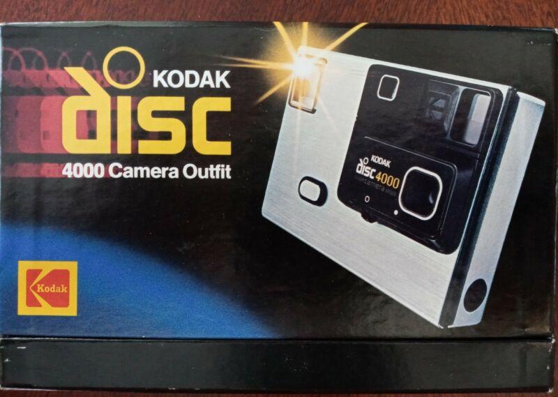 KODAK Disc 4000 CAMERA Outfit New! Vintage Original box New film disc(2) 1982