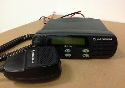 Motorola Cdm1250 Mobile Radio Aam25kkd9aa2an With Mic Free Programming