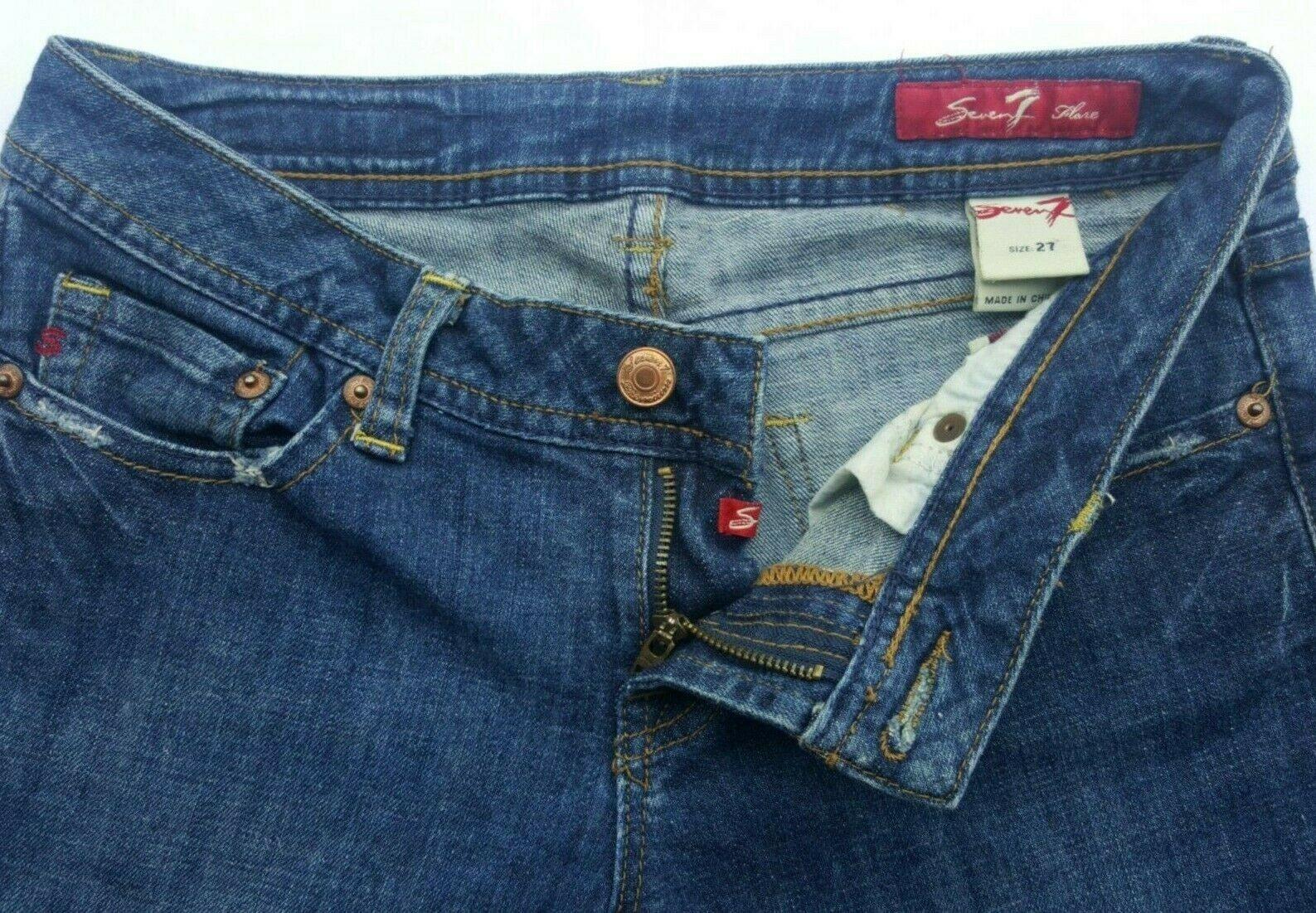 Women s SEVEN7 Dark Denim Flared Jeans Size 27 29 X 28.5  - $13.95
